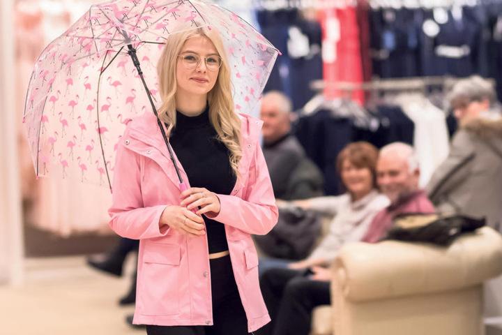 """Bei """"Peek & Cloppenburg"""" wurden die Mitarbeiter zu Models, präsentierten Trends fürs Frühjahr und den Sommer."""