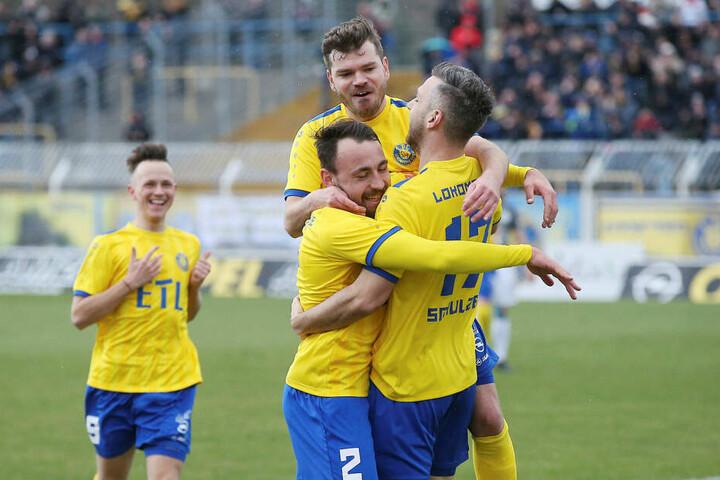 Seit 1966 führt der Verein als 1. FC Lokomotive Leipzig die Tradition weiter.