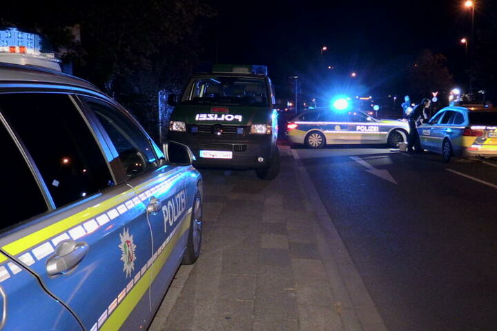 Die Tat löste einen Großeinsatz der Polizei und weiterer Rettungskräfte aus.