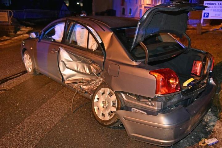 Auch der Toyota musste am Ende abgeschleppt werden.