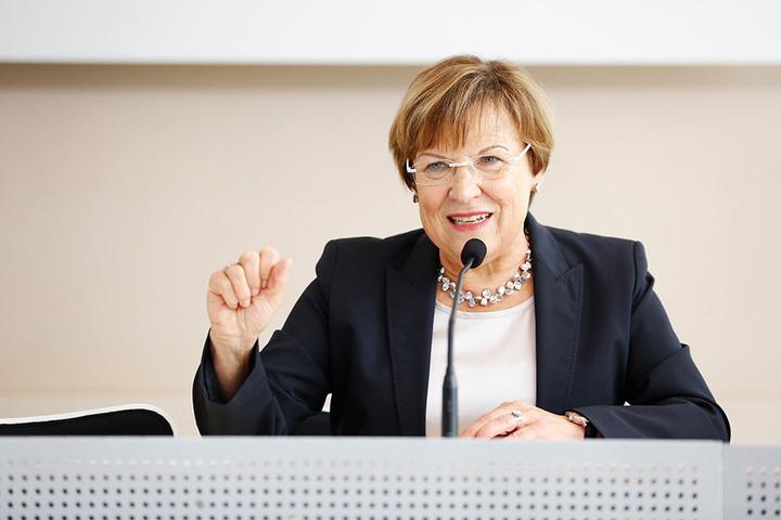 Kultusministerin Brunhild Kurth (62, CDU): Die Planungen für die neue  Super-Behörde laufen.