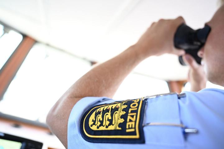 Die Wasserschutzpolizei ermittelt. (Symbolbild)