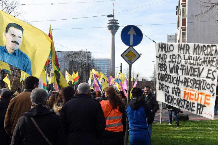 Eine Demo in Düsseldorf, die genehmigt worden war.