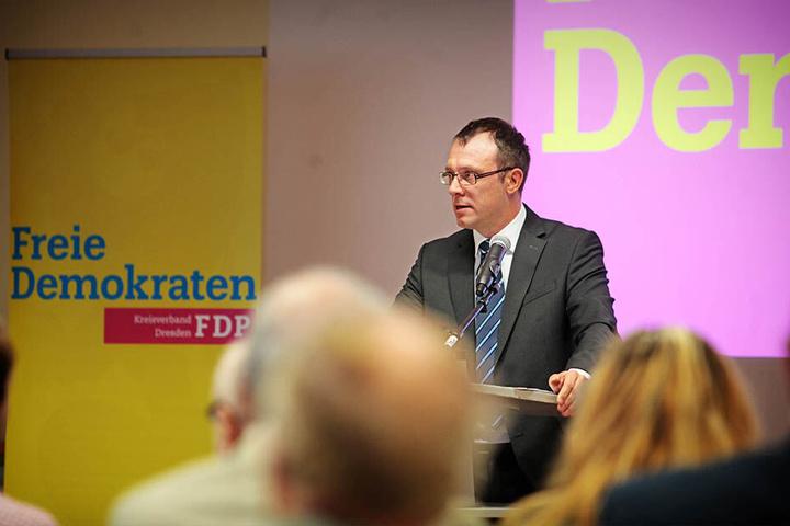"""Holger Hase (42, FDP) kümmert sich als Privatperson um den Verein """"DenkMalFort""""."""