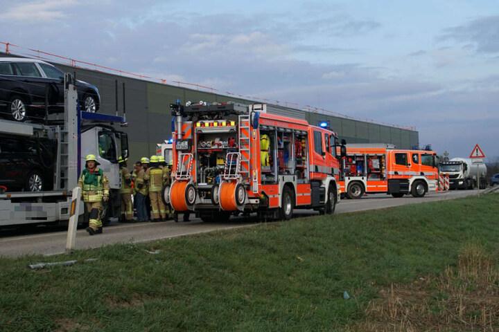 Auch Einsatzkräfte der Feuerwehr waren an der Unglücksstelle.