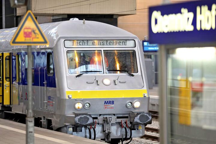 Von dem Schienenersatzverkehr ist die Strecke Chemnitz-Leipzig betroffen.
