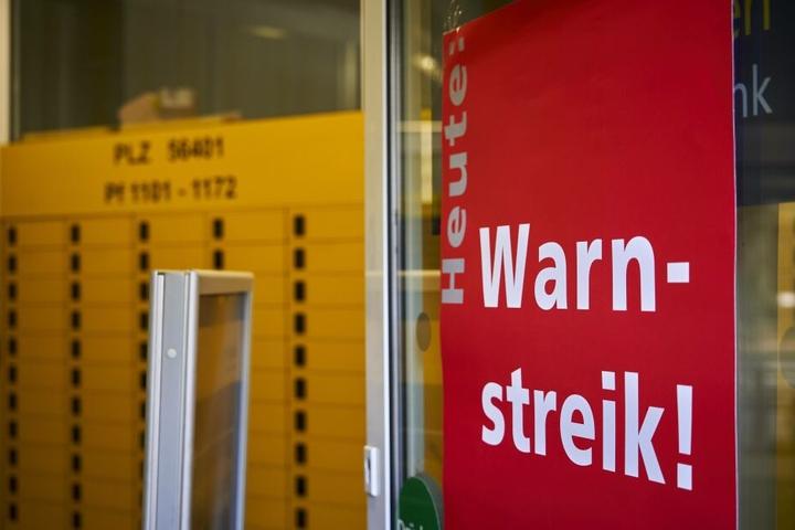 Geschäften mit Wertpapieren werden bei der Postbank mindestens bis Samstag eingeschränkt sein.