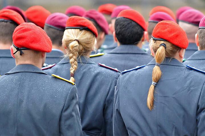 Bericht: Bundeswehr stellt Strafanzeige gegen Offizier wegen Putsch-Aufruf