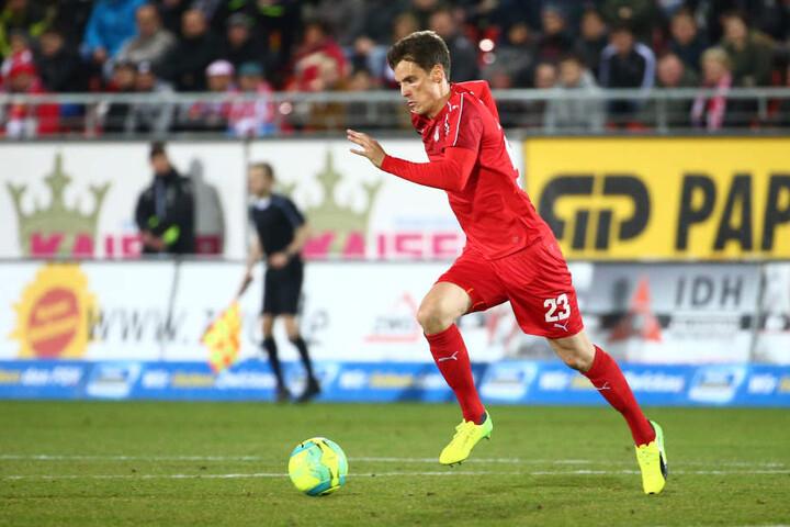 Jonas Acquistapace spielte bis zum Sommer bei FSV, wechselte dann nach Lotte. Jetzt kommt der Innenverteidiger zurück.