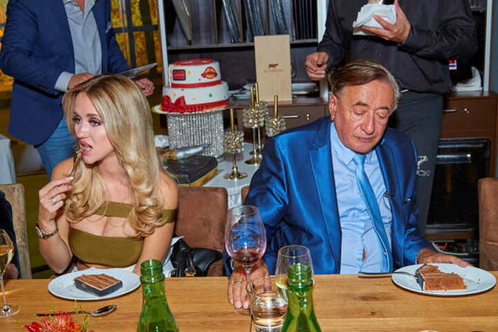 Cathy und Richard am Dienstag auf der Geburtstagsfeier.