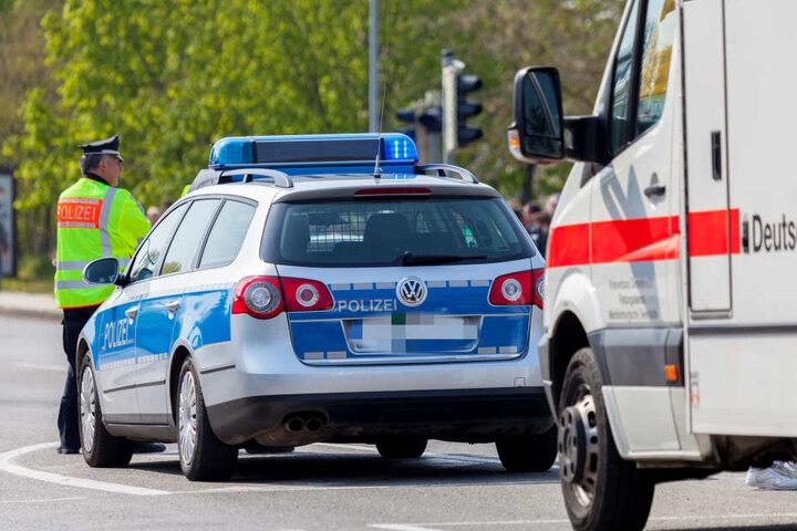 Die Polizei stellte den Wagen des Verstorbenen zunächst sicher (Symbolbild).