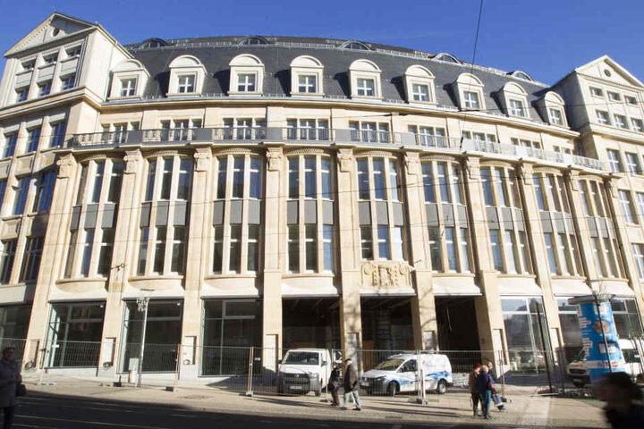 Das neue Landratsamt soll in das ehemalige Horten-Kaufhaus einziehen.