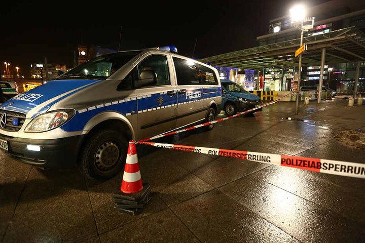 Vor dem Dresdner Hauptbahnhof kommt es zuweilen zu Messerstechereien - gerne auch unter Drogendealern.