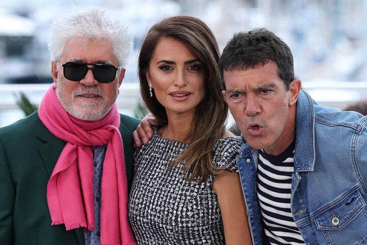 Pedro Almodovar, Regisseur aus Spanien, Penelope Cruz, Schauspielerin aus Spanien, und der spanische Hollywoodstar Antonio Banderas bei den Filmfestspielen in Cannes 2019.