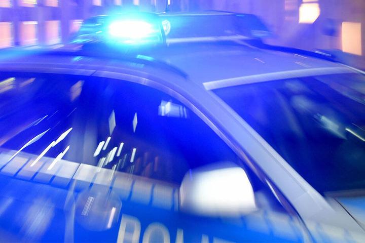 Die Polizei ermittelt gegen das Trio.