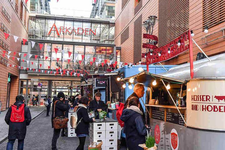 Am Potsdamer Platz ist während der Berlinale ein Street Food Market aufgebaut.