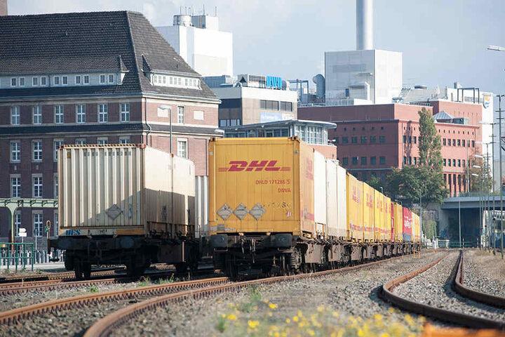 Zu laute Güterwaggons stehen in ganz Deutschland bald auf dem Abstellgleis. (Symbolbild)