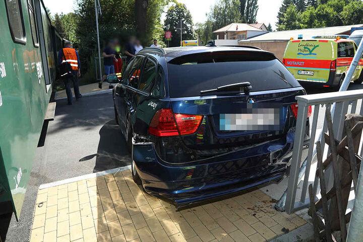Am BMW entstand ein Schaden von etwa 5000 Euro.