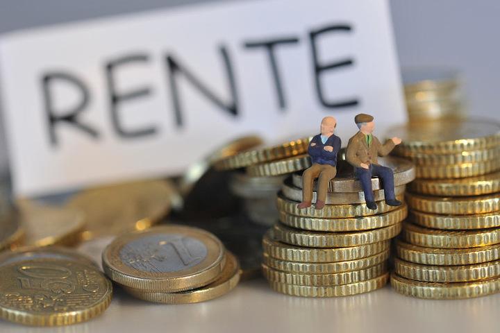 Minister und Bundestagsabgeordnete sind nicht bei der Rentenkasse pflichtversichert. (Symbolbild)