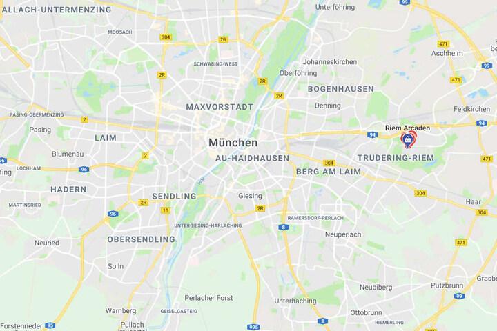 In den Riem Arcaden im Osten von München ist es zu einem Großeinsatz der Polizei gekommen.