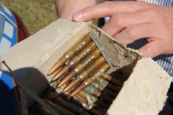 Fund: Auch Munition größeren Kalibers wurde bei der Durchsuchung sichergestellt.