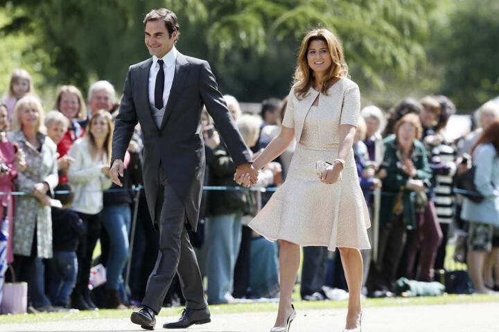 Tennis-Ass Roger Federer kam mit Frau Mirka.