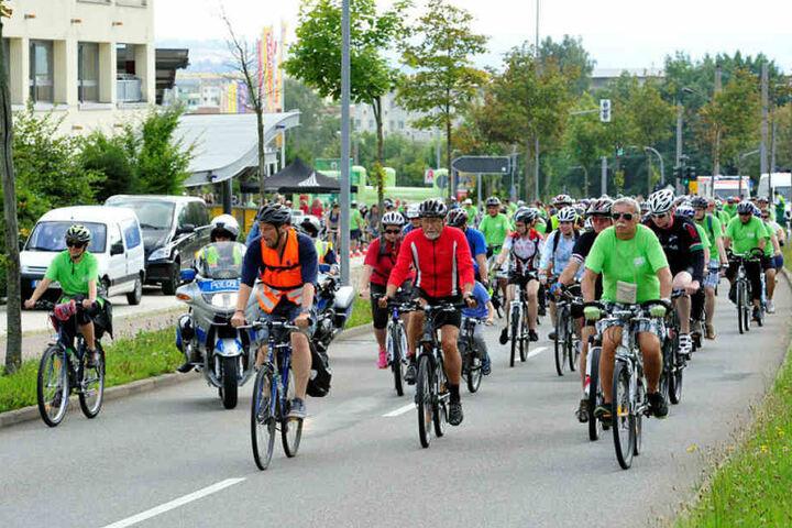 Ambitionierte Radler können zur Deutschen Straßenradmeisterschaft auf der Wettkampfstrecke in die Pedale treten.