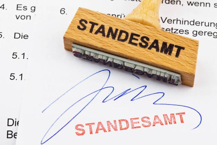 Auch Urkunden des Standesamtes sollen künftig online geordert werden können.