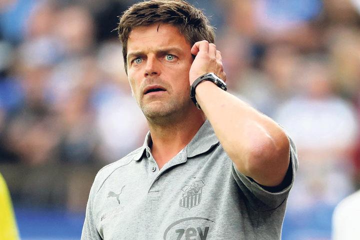 Trainer Torsten Ziegner war  bedient. Seine Truppe kassierte in Meppen die dritte Saisonpleite, ist weiter  sieglos.
