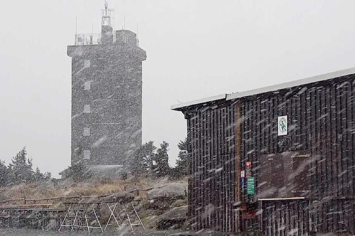 Bei Temperaturen um die 2 Grad Celsius blieb der Schnee allerdings noch nicht lange liegen.