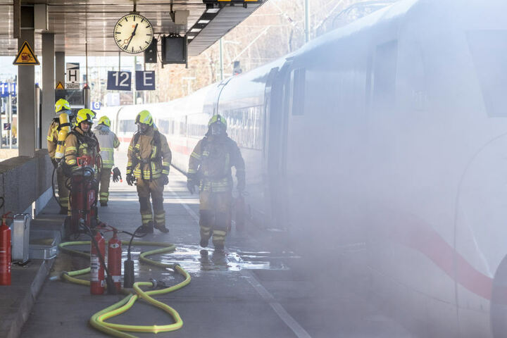Am 4. Dezember geriet ein ICE in Hannover teilweise in Brand.