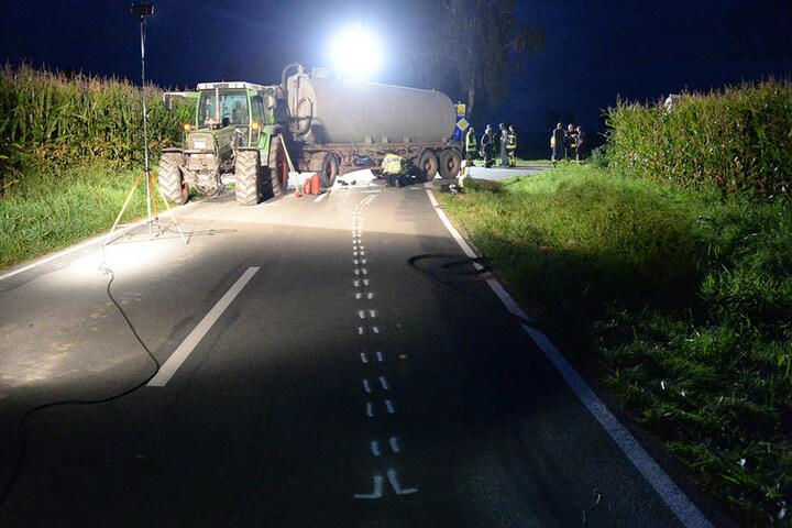 Bis 23 Uhr war die Unfallstelle komplett gesperrt.