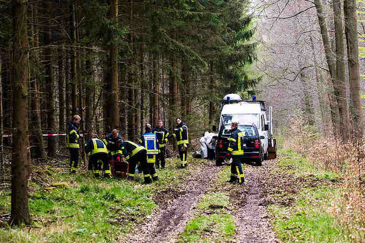 Die Leichen wurden in einem Waldstück bei Büren gefunden.