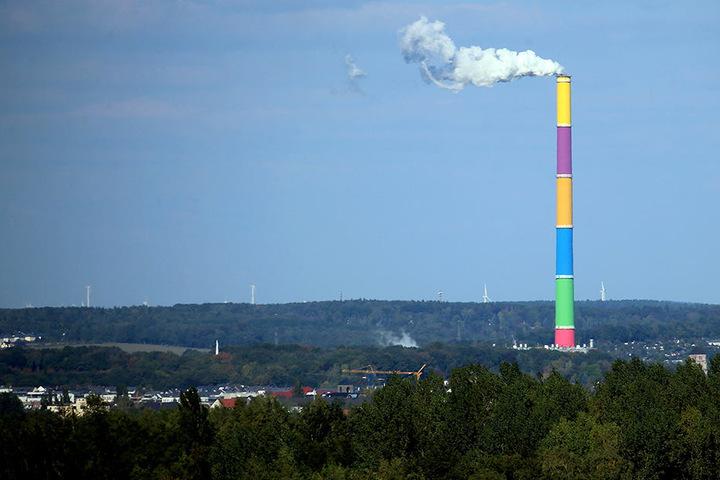 Der Schornstein des Heizkraftwerkes ist das höchste Bauwerk Sachsens.