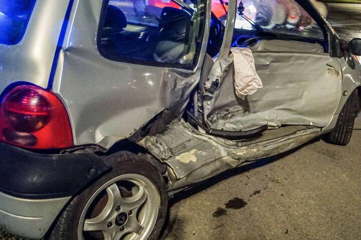 Eine Person wurde bei den Unfall verletzt.
