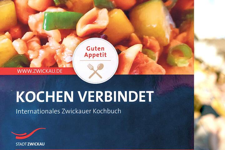 Zwickau hat ein internationales Kochbuch. Darin finden sich 34 Rezepte aus  neun Ländern. Auflage: 1000 Stück.