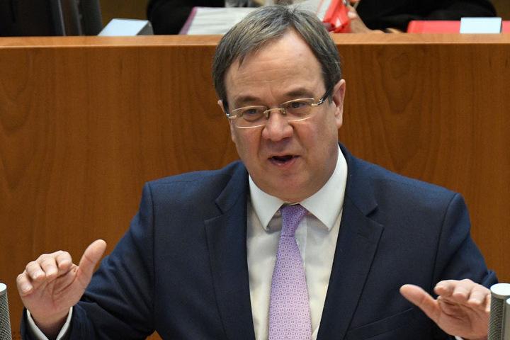 Ministerpräsident Armin Laschet (CDU, 57) will sich die Eröffnungszeremonie des A33-Abschnitts nicht entgehen lassen.