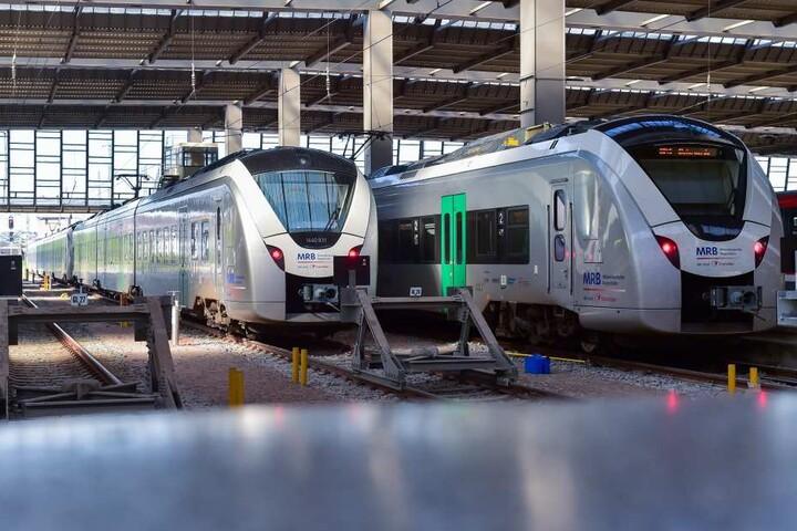 Der Chemnitzer Hauptbahnhof wird nur von Regionalbahnen angefahren, nach Leipzig sind dabei sogar nur alte Reichsbahnwaggongs im Einsatz.
