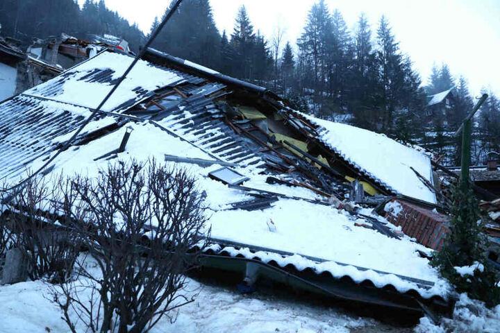 Beide Häuser wurden komplett zerstört.