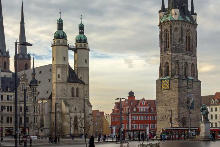 Ende 2017 wurden in Halle an der Saale 239.173 Einwohner gezählt. Das waren knapp 700 mehr als in Magdeburg.