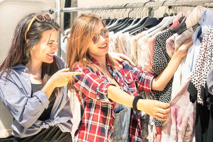 Für Modefans lässt sich dort bestimmt was nettes finden. (Symbolbild)