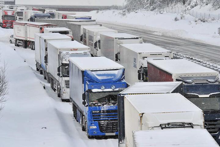 Auf den Autobahnen in Südthüringen ist derzeit nur schwer durchzukommen.