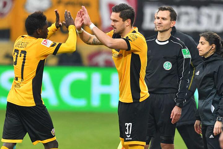 Gegen Nürnberg kam Pascal Testroet für Moussa Koné.
