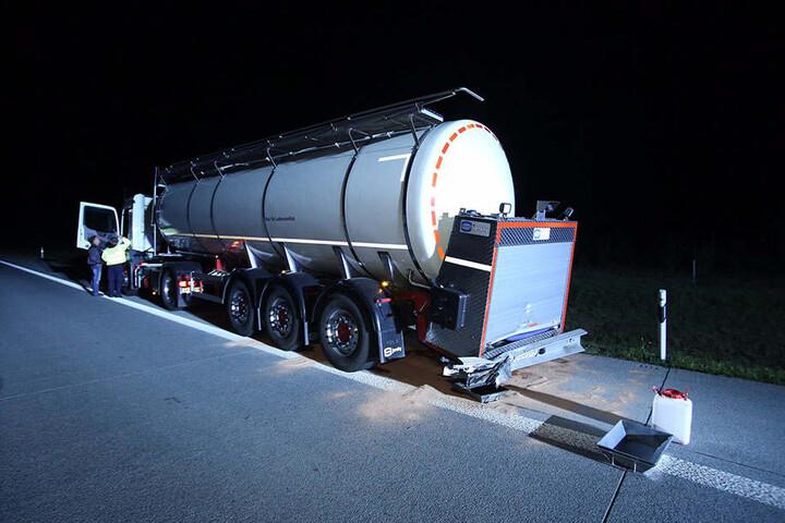 Der Fahrer des Milchlasters blieb unverletzt.