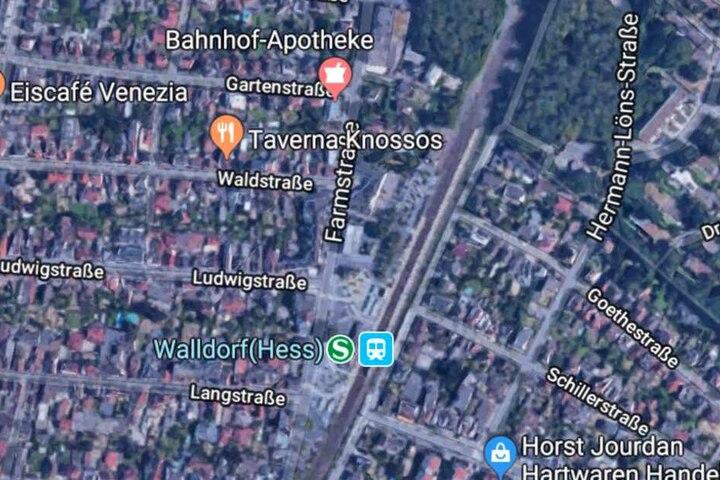In der Farmstraße in der Nähe des Bahnhofs griffen die Männer an.
