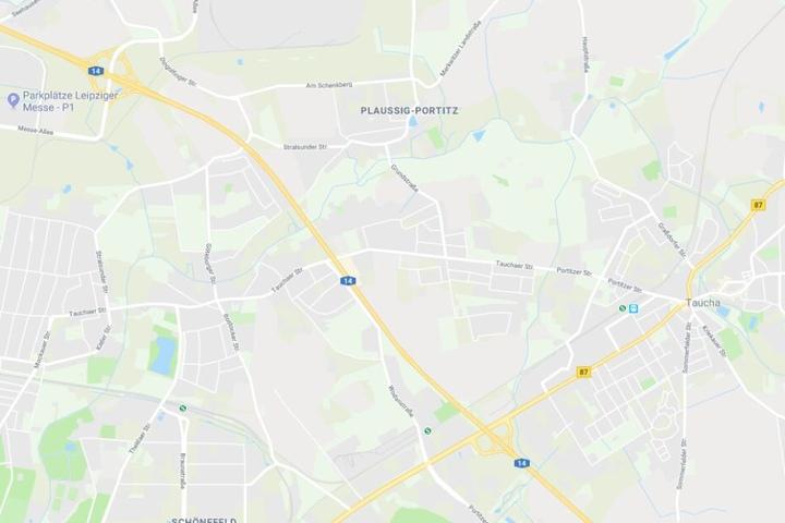 Ein Lkw hatte zwischen den Anschlussstellen Leipzig-Nordost und -Messegelände eine ätzende Flüssigkeit verloren.