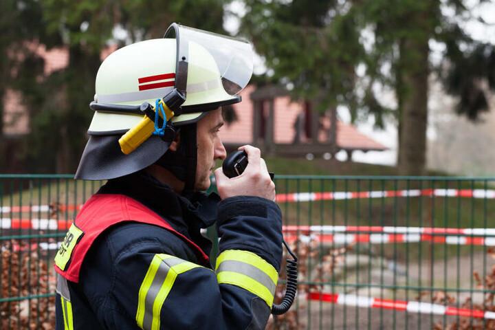 Der Einsatz der Feuerwehr dauerte mehrere Stunden an (Symbolbild).