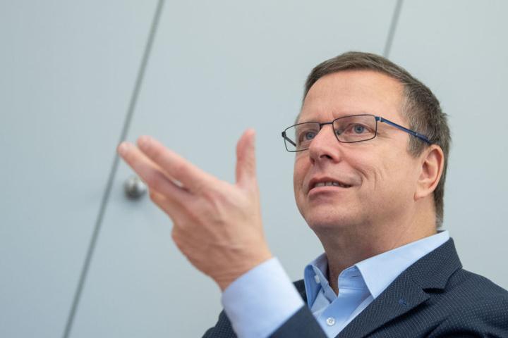 Martin Gross, Leiter des Landesbezirks Verdi Baden-Württemberg bei einem Interview.