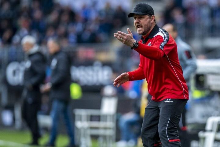 Steffen Baumgart hat seine Mannschaft auf den Hamburger SV vorbereitet.