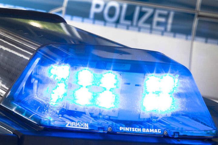 Die Polizei sucht nach einem Vermissten. (Symbolbild)